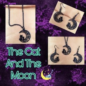 Can and moon jewelry set